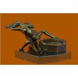 Art Deco Modern Art Museum Quality Artwork Bronze Sculpture Ashtray Gift Figure