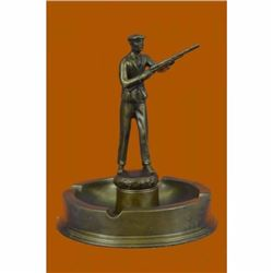 Hand Made Real 100% Hunter with Gun Ashtray Bronze Sculpture Figurine Decoration