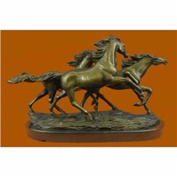 Bronze Marble Base Statue Wild Horse Galloping Mustang Ranch Hot Cast Marble Figurine