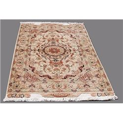 Stunning Persian Handmade Tabriz Rug w/ Silk Highlight