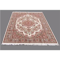 Hand Made Floral Design Persian Tabriz Rug 6x9