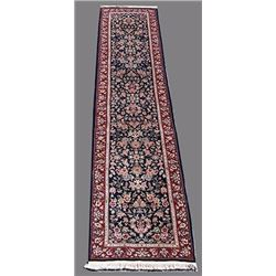 Eye-catching Kashan Design Runner W/Silk Highlights