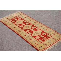 BEAUTIFUL HAND MADE TURKISH KONYA RUG