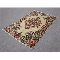 Finely Done Splendid Handmade 4.4 X 6.8 feet Hosseinabad Rug