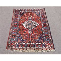 Beautiful Finely Detailed Semi Antique Persian Bakhtiari Rug