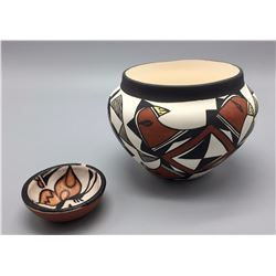 Pair of Pueblo Pots