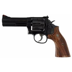 """Smith & Wesson 150909 586 Classic Single/Double 357 Magnum 4"""" 6 Wood Blued"""