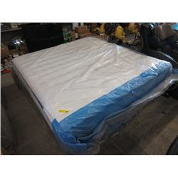 New King Size Sealy Tight Top Mattress