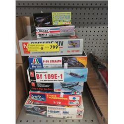 8 Airplane Model Kits