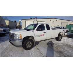 2012 CHEVROLET 2500 EXT CAB LONG BOX 4 X 4 VIN 1gc2kvcg0cz347806….NO PST…. AND 107333 KMS. V8 GAS PO
