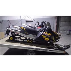 2004 SKIDOO MXZ ADRENALINE 800 HD VIN 2BPS282414V000352 WITH 7000KMS TOTALY REBUILT ENGINE 500 KMS S