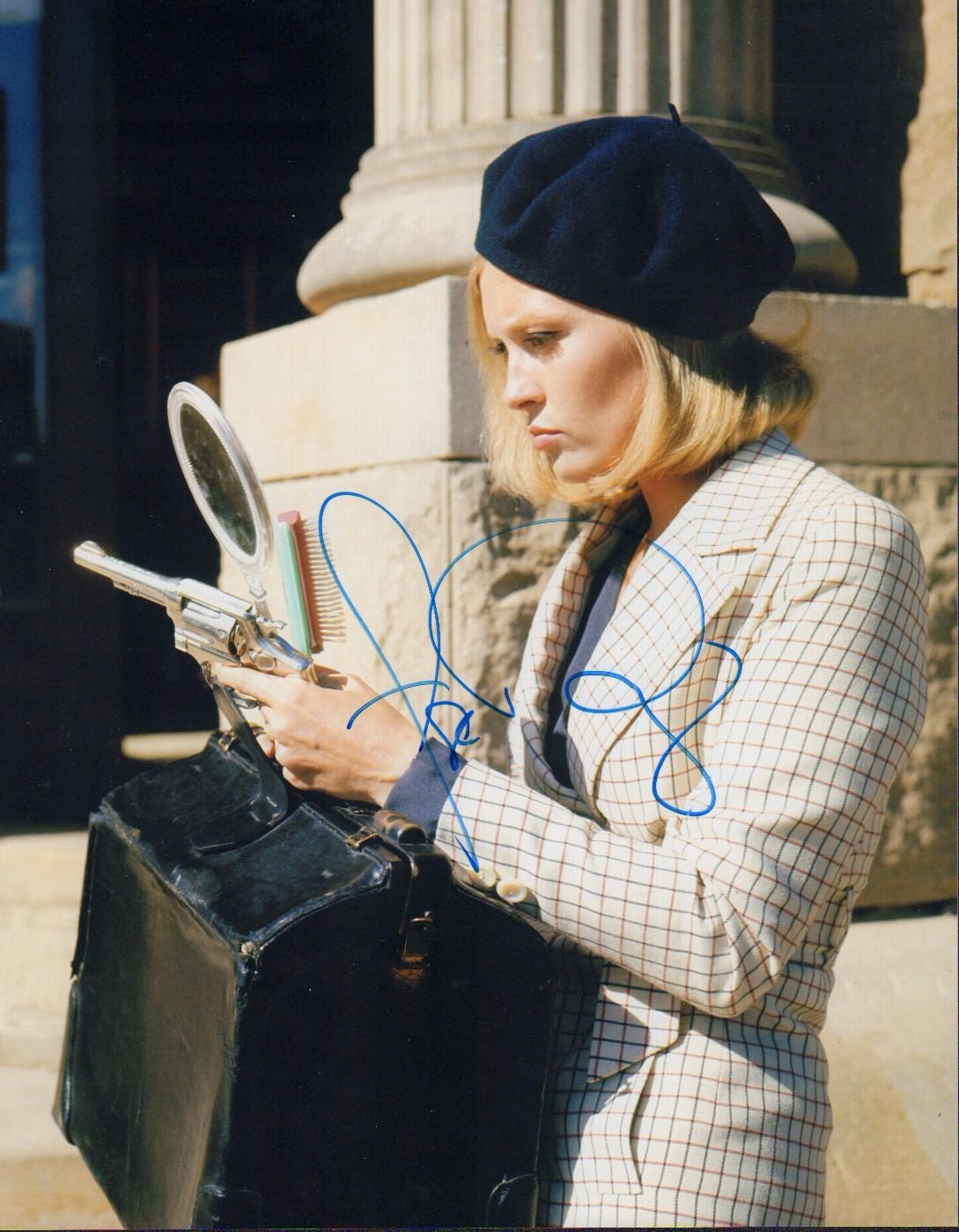 Faye Dunaway Bonnie And Clyde Signed 11x14 Photo