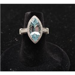 Aquamarine approx. 2.79 carats and Diamonds set in Platinum. Est:$4,000-6,000.
