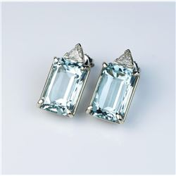 Exquisite earrings featuring two fine matching VVS Aquamarines weighing 23.74