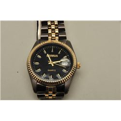 Benrus two tone. Aluminum and gold plate. Like new. Est.:
