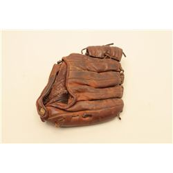 Vintage Mickey Mantle Model marked baseball leather glove. Est.: $30-$50.