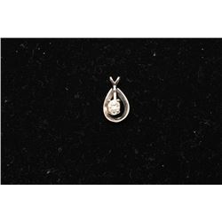 Pendant with diamond. Est.: $70-140