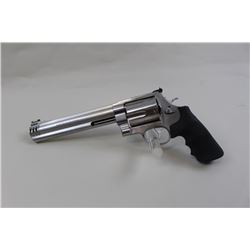 "Smith & Wesson 460 Magnum, #DDK4581, 8 3/8""  ported barrel, adjustable Hi-Viz sights,  Hogue logo gr"