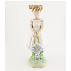 "Lladro "" Little School Girl ""  Retired  #6814"