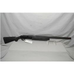 "Mossberg Model 935 .12 Ga 3 1/2"" Semi Auto Shotgun w/ 28"" vent rib bbl with screw in choke [ flat bl"