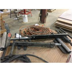 3 METAL ROLLING STANDS & EXTENSION CORD