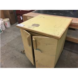 ROLLING WOOD CABINET
