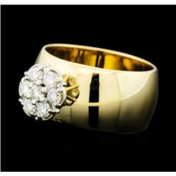 0.50 ctw Diamond Cluster Ring - 14KT Yellow Gold