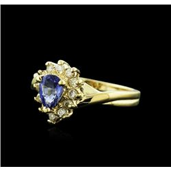 14KT Yellow Gold 0.50 ctw Tanzanite and Diamond Ring