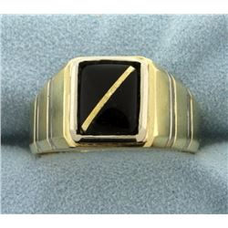 Men's Onyx Ring in 14k Gold