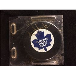 EDDIE SHACK AUTOGRAPHED MAPLE LEAFS HOCKEY PUCK