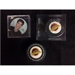 AUTOGRAPHED HOCKEY PUCK LOT (COURTNALL, GAMBLE)