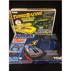 TOMY & TYCO ELECTRIC RACING COURSE LOT (IN BOX)
