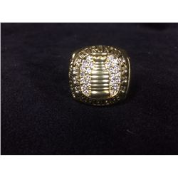 "TORONTO MAPLE LEAFS REPLICA STANLEY CUP RING ""3 IN A ROW"" (TIM HORTON 1964)"