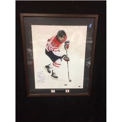 "HAYLEY WICKENHEISER AUTOGRAPHED 24"" X 30""TEAM CANADA  FRAMED PHOTO (GAMEDAY COA)"