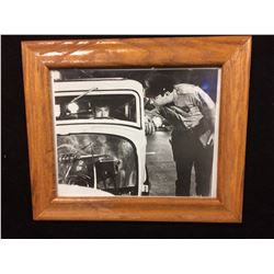 "AMERICAN GRAFFITI MOVIE PHOTO FRAMED 12"" X 10"""