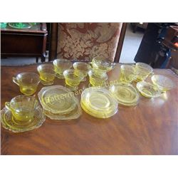 Lot of  Yellow Depression Glass