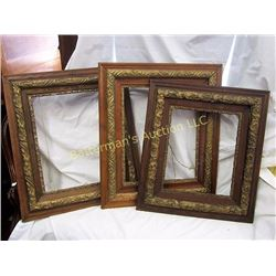 "Set of 3   5"" Gilded  Wood Frames"