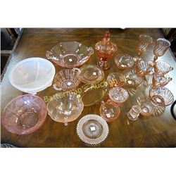 Lot of 23 pieces Pink Depression Glass