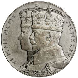 GREAT BRITAIN: George V, 1910-1936, AR jubilee medal (86.89g), 1935. UNC