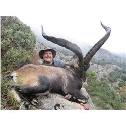 Five Day Hunt in Spain for 1 Hunter and 1 Non-hunter