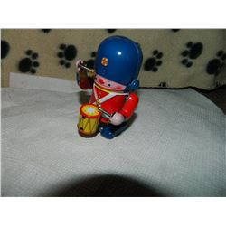 METAL WIND-UP TOY - DRUMMER