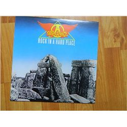 VINYL RECORD - AEROSMITH - ROCK IN A HARD PLACE - AL 38061 - condition - NEAR MINT