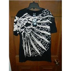 """T-SHIRT - TAP OUT  - """"TAPOUT"""" WROTE SMALL ALL OVER - SKULL WITH 9 KNIFE BLADES - XXL"""