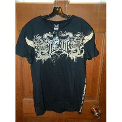 """T-SHIRT - TAP OUT - """"TAPOUT"""" BETWEEN 2 DRAGONS WITH WINGS ON UPPER HALF OF SHIRT - XXL"""