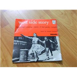 VINYL RECORD - 45 - WEST SIDE STORY - SOMETHING'S COMING / MARIA / I FEEL PRETTY / TONIGHT - 429 691