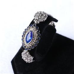 BRACELET - VINTAGE STYLE CRAFTING OF SAPPHIRE LIKE GEM IN GERMAN STERLING SILVER SETTING WITH 18K GO