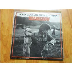 VINYL RECORD - JOHN COUGAR MELLENCAMP - SCARECROW - RVLS 7505- condition - fair