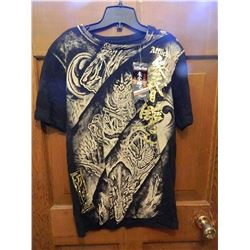 T-SHIRT -  AFFLICTION - GOLD CHINESE SYMBOLS DOWN SIDE OF SHIRT - 100 DEAMONS..... XXL
