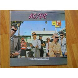 VINYL RECORD - AC/DC - DIRTY DEEDS DONE CHEAP - SD 16033 - condition - really good