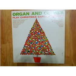VINYL RECORD - ORGAN AND CHIMES - PLAY CHRISTMAS CAROLS - CAL 726 - condition fair